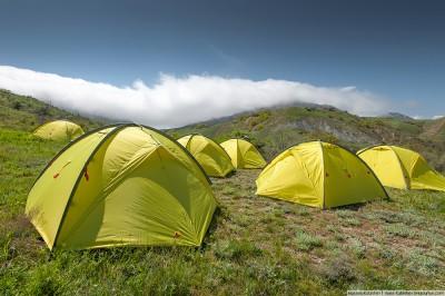 Как выбрать надежную палатку для похода?